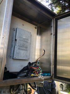 高圧電気~名古屋市港区の公共施設にてSOG(制御装置)の取替電気工事