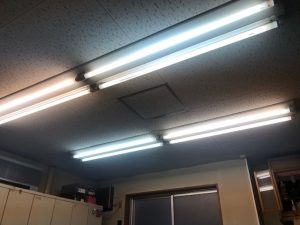 名古屋市中区の事務所にてLED照明器具への取替電気工事