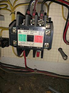 名古屋市中区の商業ビルにて電磁接触器(コンタクター)の取替電気工事