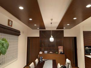 愛知県みよし市の住宅にてフロスフリスビー照明の取付電気工事