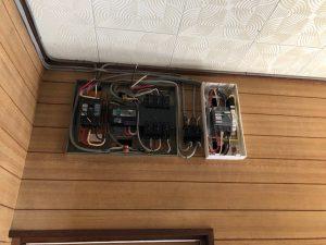名古屋市名東区の戸建住宅にて感震ブレーカの取付電気工事