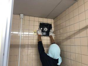 名古屋市港区の商業ビルにて天井換気扇の取替電気工事