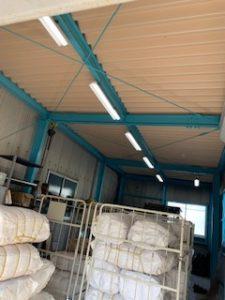愛知県半田市の工場にて照明器具の取替(LED化)電気工事