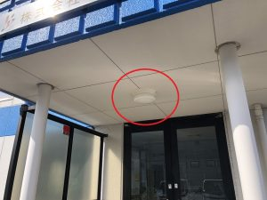 三重県四日市市の倉庫にてLED照明器具への取替電気工事