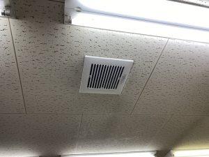 愛知県飛島村の工場オフィスにて換気扇の取替電気工事